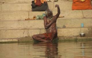 Город индии где жгут тела. Шокирующая Индия – город Варанаси
