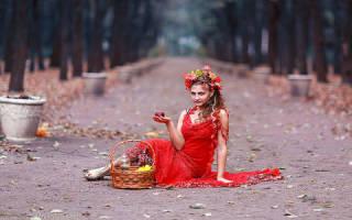 Быть в красной одежде во сне. К чему приснился красный цвет? К чему снится рваное платье