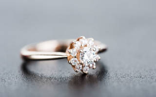 К чему снится золотое кольцо: толкования сонников. К чему снится купить кольцо золотое