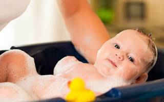 Сонник купать младенца девочку. К чему снится мыть ребенка? Что если снится купать ребенка девочку